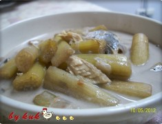 สูตรอาหารไทย : ต้มกะทิสายบัวใส่ปลาทู...อาหารไทยโบราณ